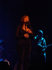 A photo from the Mary Black at the Olympia 2005 gallery